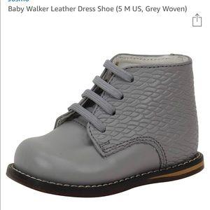 Brand New Josmo Grey Woven Leather Walkers Sz 5